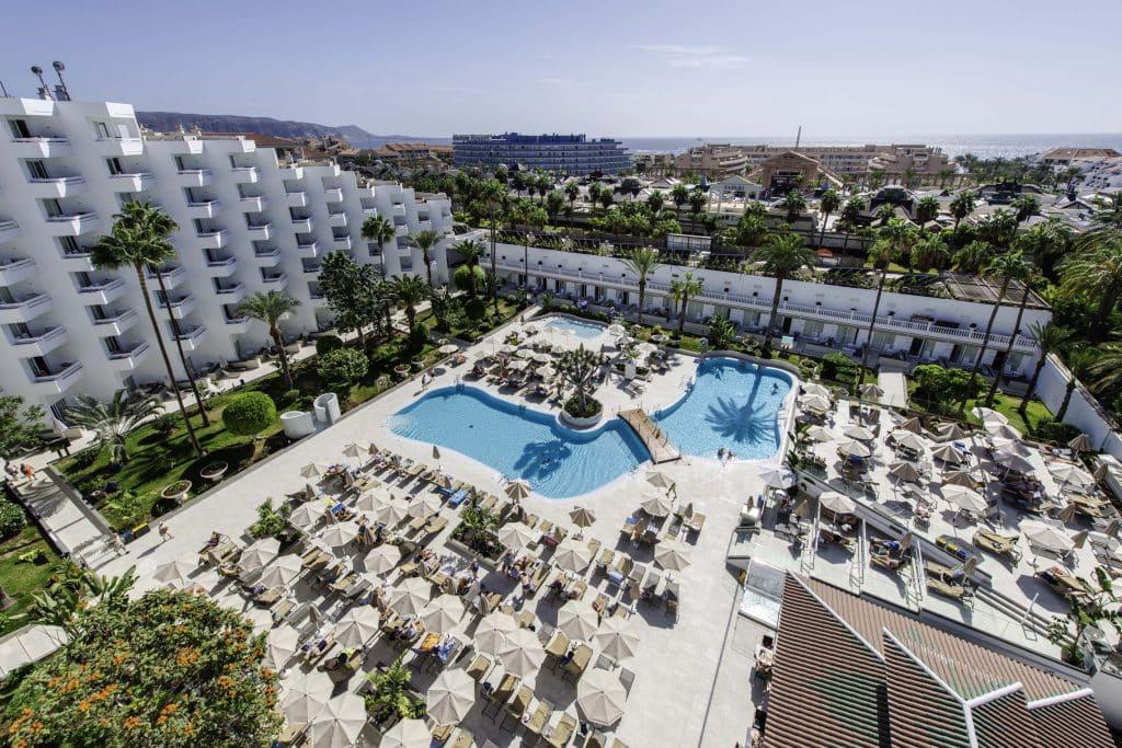 vulcano hotel overview