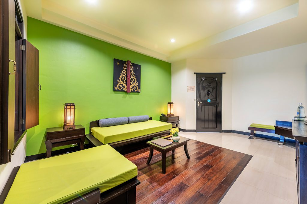 gold suite